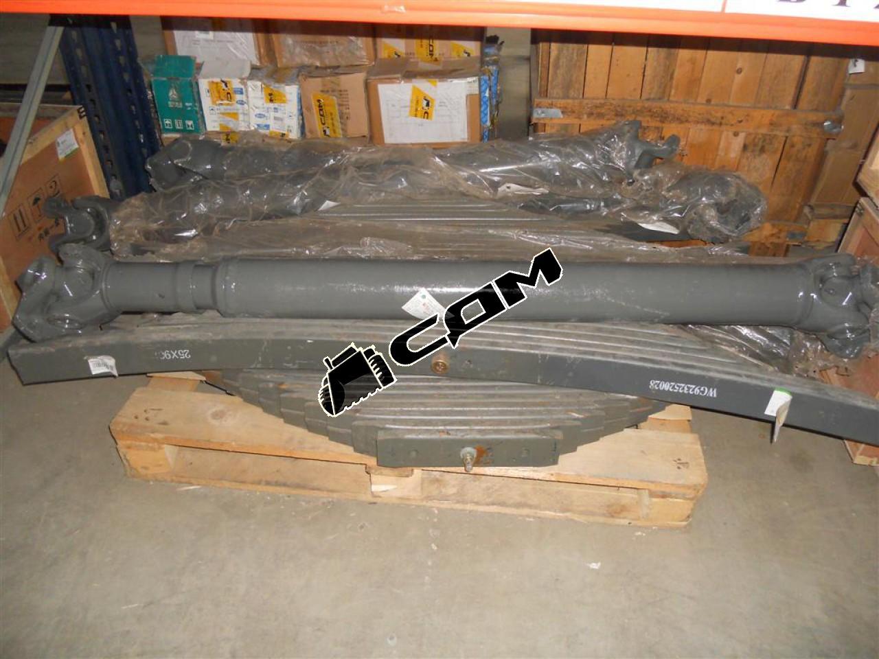 Вал карданный основной без подвесного L=1740, в-180, 4 отв.   AZ9114310011